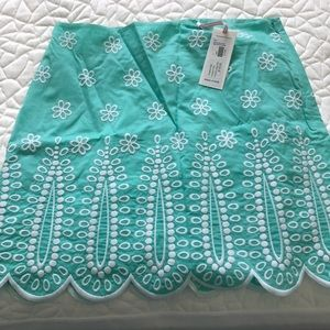 Turquoise vineyard vines skirt-NEVER WORN
